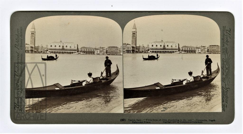 3 Auguste et Louis Lumiere, Venise, arrivée en gondole, 1896.
