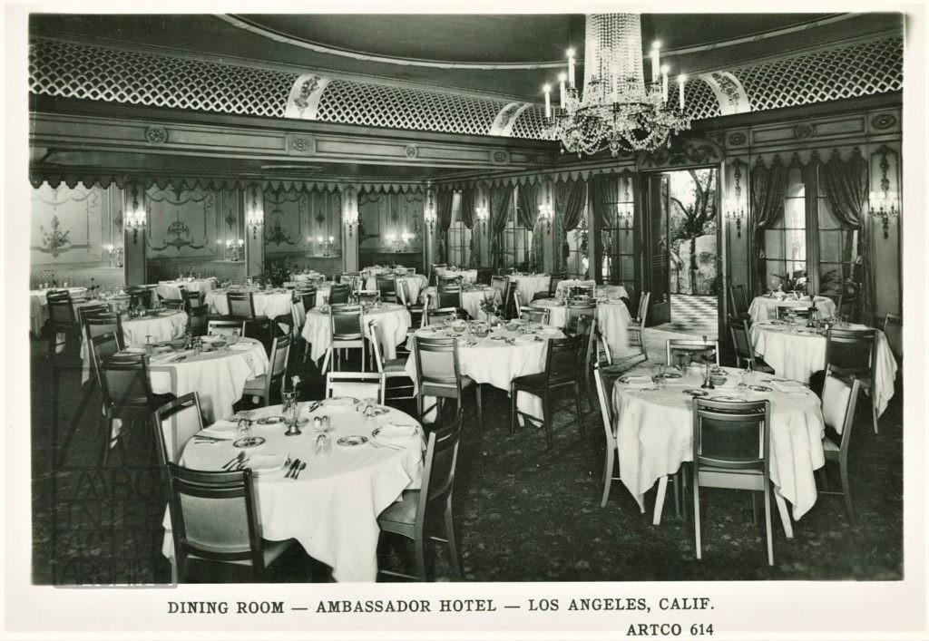 4 The Ambassador Hotel dining room, 1935. USpc
