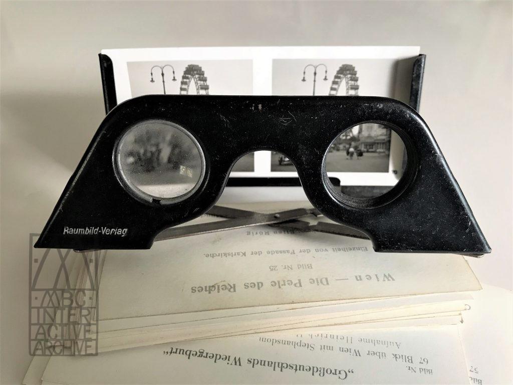 1 Otto Schoenstein, Wien 3D viewer and stereocards, 1938. Raumbild Verlog, Munich.